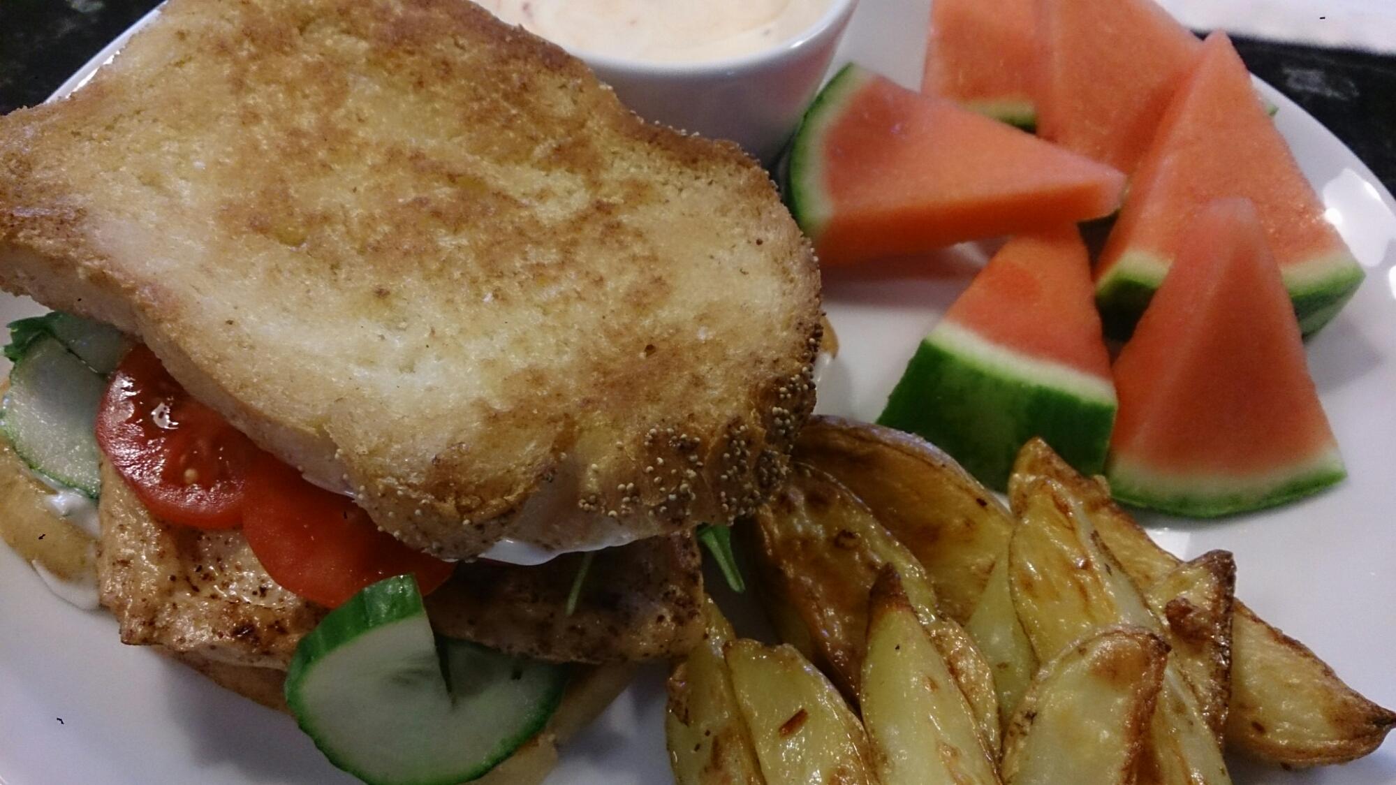 Club sandwich BLT