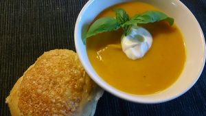 Read more about the article Pumpasoppa med ingefära och lime