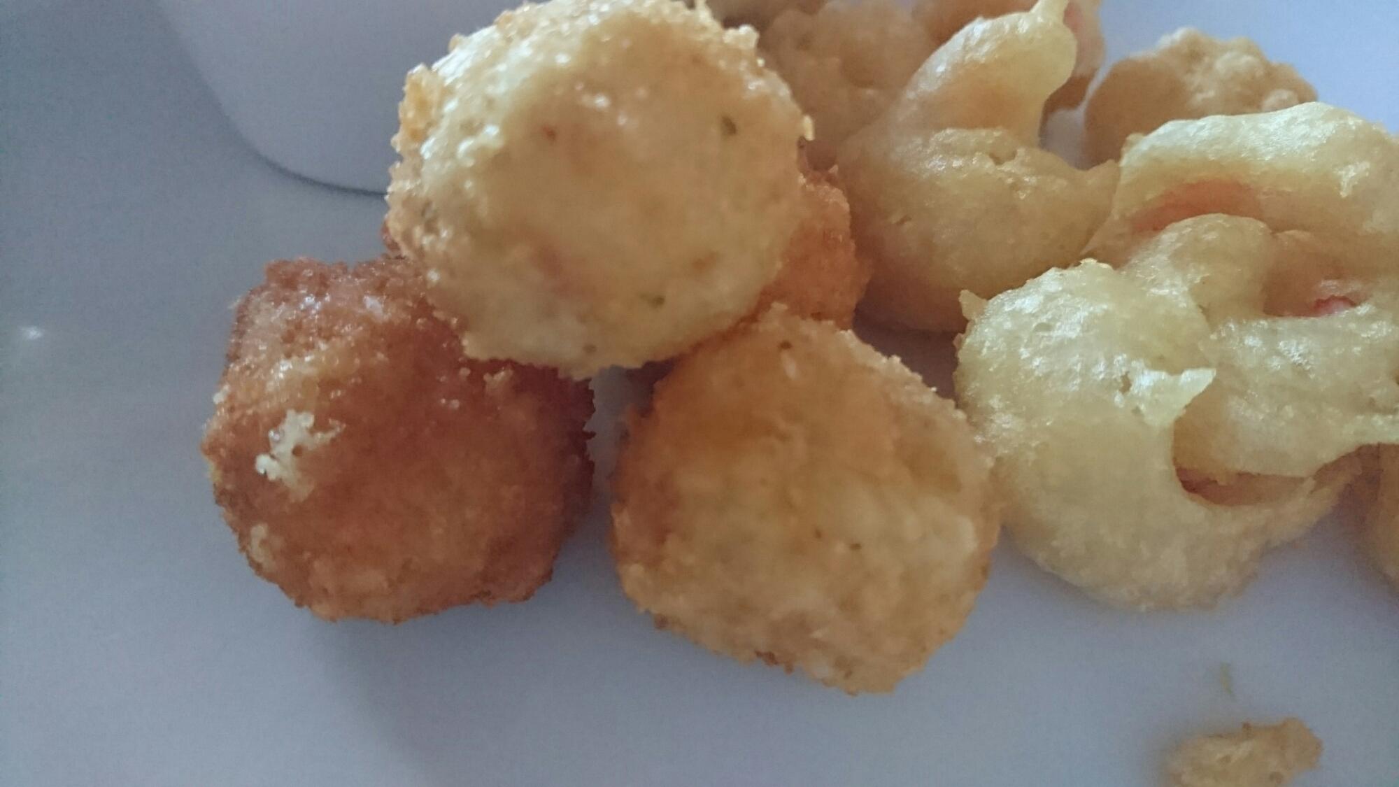 Friterade ostbollar