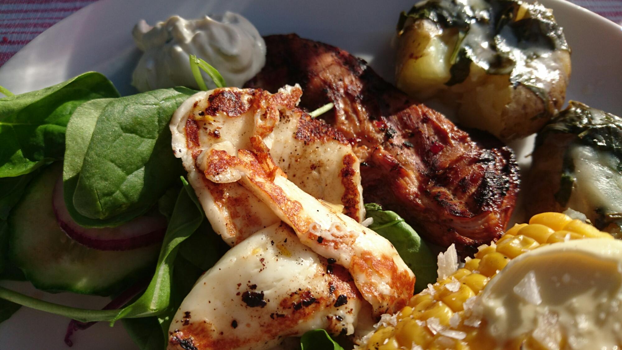 Grillad kyckling med tilltryckta potatisar