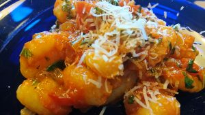 Read more about the article Gnocchi med hemgjord tomatsås