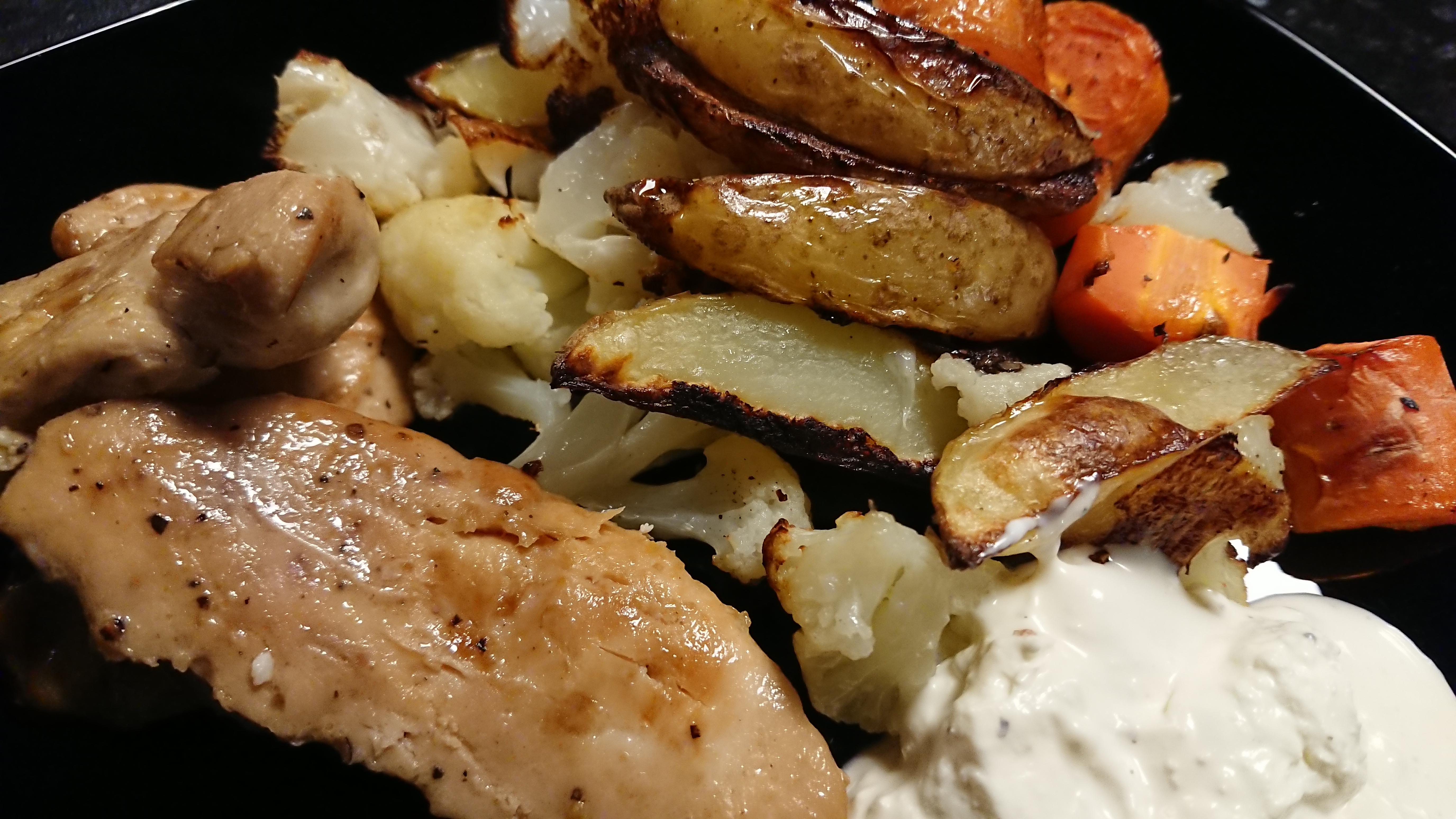 Kyckling och ugnsrostade grönsaker