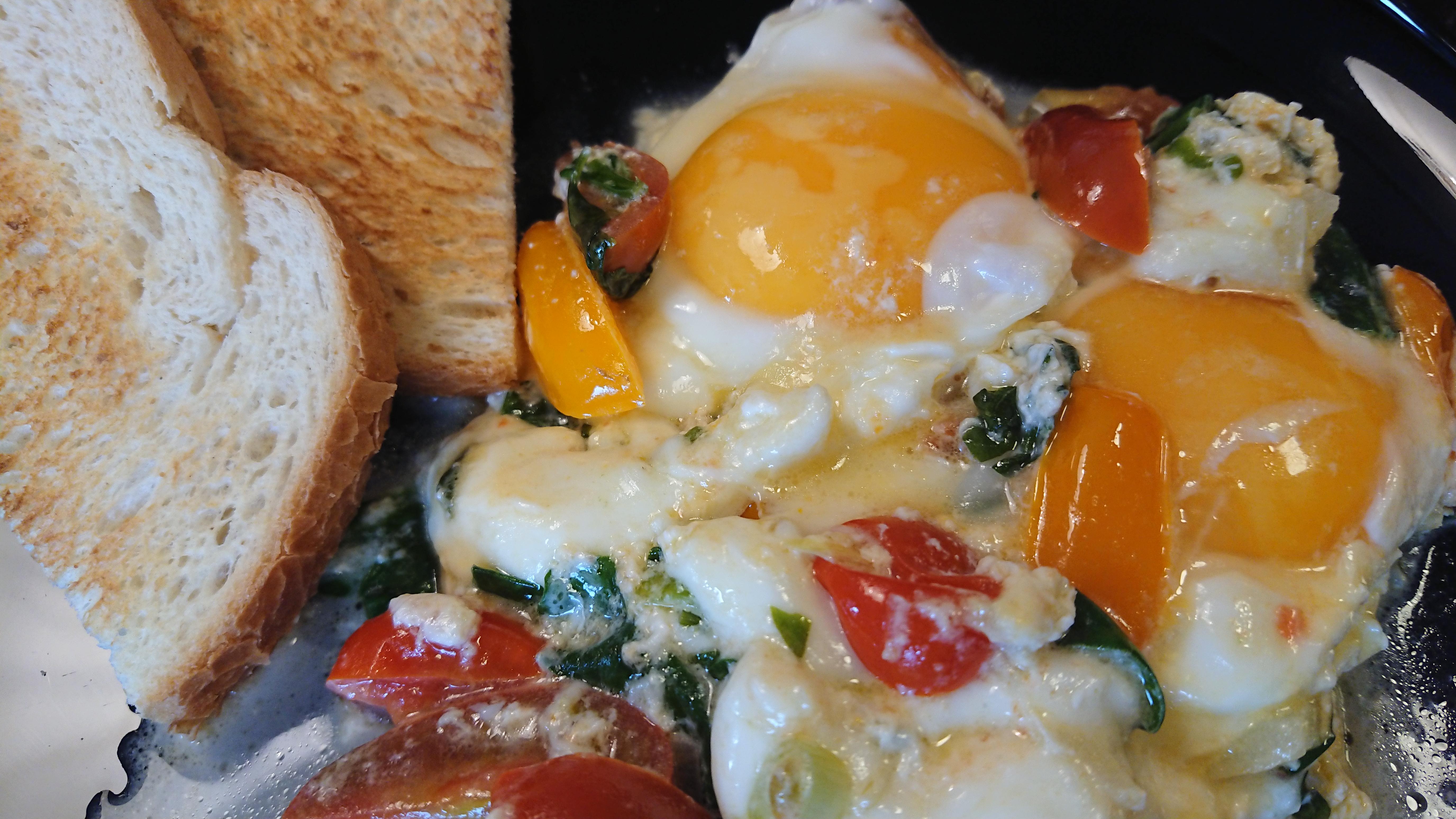 Frukostpanna med ägg