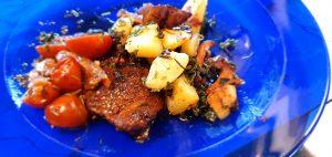 Ölbräserad entrecote med kantarell- och persiljepotatis